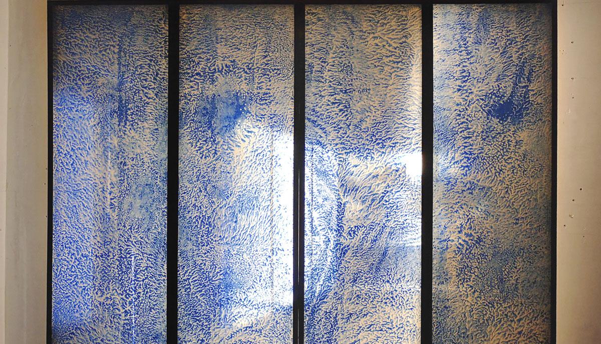Recherche autour du Washi et de la transparence du papier lors d'une exposition au MAD à Paris